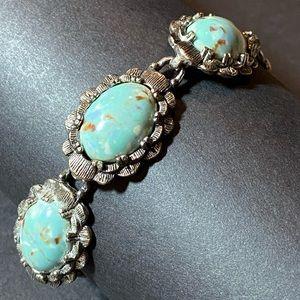 "Vintage Turquoise Blue & Silver Bracelet 7 1/2"""